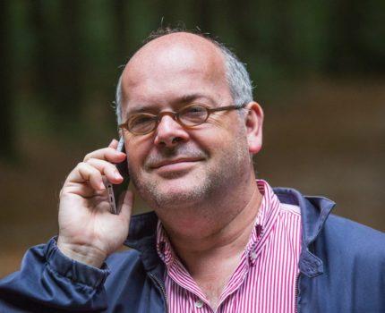 Foto.Bellen.Groesbeek - Structureel inconsequente Tweede Kamerleden  - van Swaaij Cassastie & Consultancy - cassatieadvocaat - cassatie advocaat