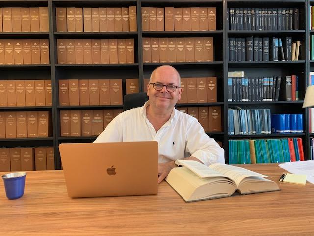 Foto.Bureau.WitHemd - - van Swaaij Cassastie & Consultancy - cassatieadvocaat - cassatie advocaat