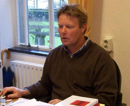 Foto.Hartlief..Werkkamer.3 - Hartlief over de weldra vigerende Wet affectieschade - van Swaaij Cassastie & Consultancy - cassatieadvocaat - cassatie advocaat