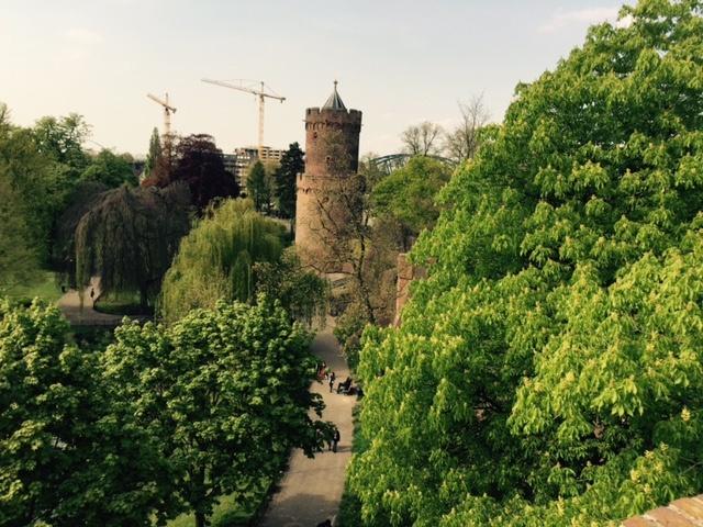 Foto.Kronenburgerpark.mei.2015.2