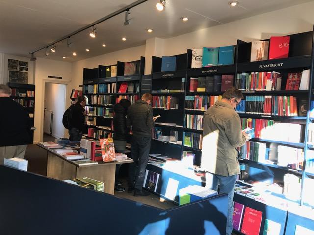 fotodenieuwejuridischeboekhandel