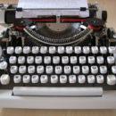 Typemachine - Hoge Raad en recht op pleidooi  - van Swaaij Cassastie & Consultancy - cassatieadvocaat - cassatie advocaat