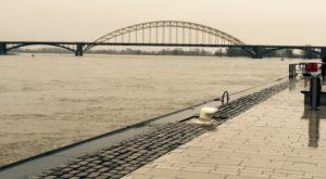 Waalbrug.18.1.2015 - Hoe zwaar weegt hanteerbaarheid van de maatstaf bij wetsuitleg? - van Swaaij Cassastie & Consultancy - cassatieadvocaat - cassatie advocaat