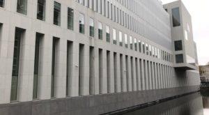 foto-achterkant - Hoge Raad nuanceert NJ 2009/50 - gevolg van onterecht beroep op opschortingsrecht - van Swaaij Cassastie & Consultancy - cassatieadvocaat - cassatie advocaat