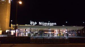foto.StationNijmegen.Nacht - Wie kiest? - van Swaaij Cassastie & Consultancy - cassatieadvocaat - cassatie advocaat