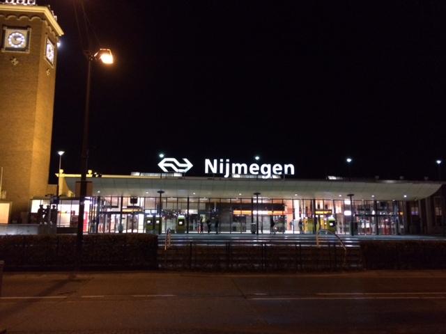 foto.StationNijmegen.Nacht
