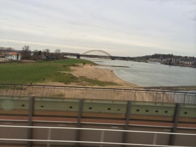 foto.Waalbrug.Lent