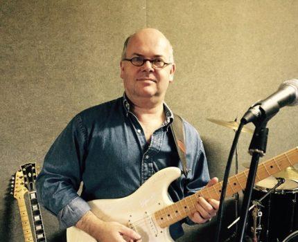 Sjef van Swaaij met Stratocaster